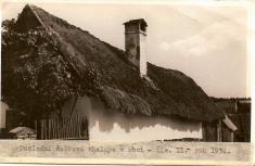 Rok 1936.Poslední došková střecha vobci. Střecha byla nachalupě č.11.